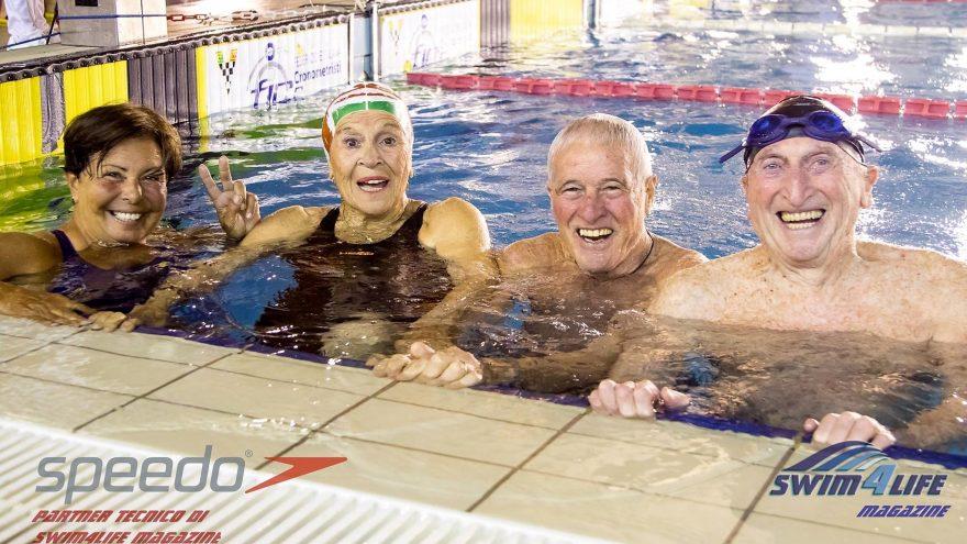 Staffetta record Italiano Nuoto Master 4x100 Liello De Vitiis Cicchella Mangano