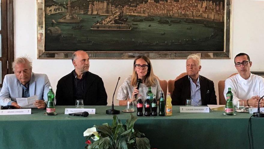 Conferenza stampa freskissima