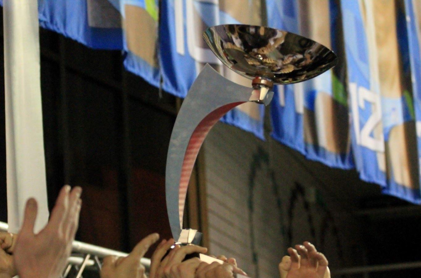 Coppa Len Posillipo 2014-2015_su_mani