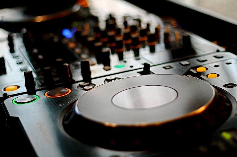 dj-set-musica
